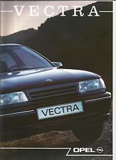 Catalogue brochure Katalog Prospekt OPEL VECTRA ANNEE1990 31 pages