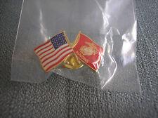 U.S FLAG AND UNITED STATES MARINE CORPS FLAG LAPEL PIN