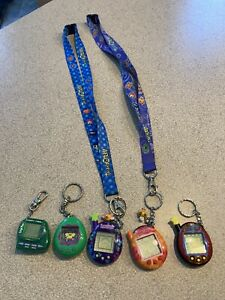 Tamagotchi connection 2004 Lanyard & Giga pets floppy frog lot sold as is