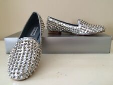 STEVE MADDEN, FABRIC SILVER GLIDED STUDDED FLATS SIZE 7