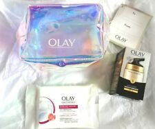 Olay Total Effects 7 in One Anti-Ageing Moisturiser, Gift Bag and Facial Wipes