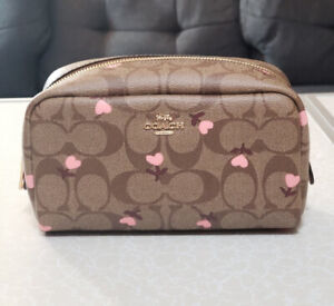 ❤️NWT Coach Small Boxy Cosmetic Case C2901 Signature Heart Floral Print
