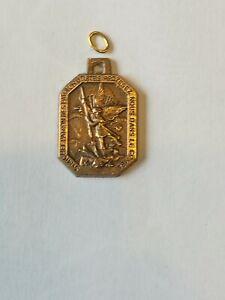 Médaille pendentif  Parachutiste SAINT MICHEL bronze massif