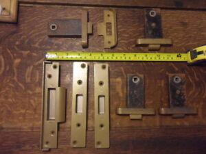 4 antique art deco door mortice door latches & associated keeps vintage latch 9C