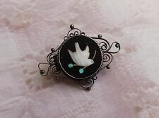 Antique Vintage '800' Pietra Dura Mosaic Pin Bird