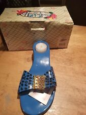 Nib Diane's Artware Flip Flop Tealight Candle Happy Toes candle holder.