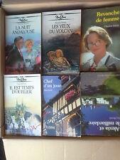 Lot de 235 livres Nous deux littérature sentimentale style Harlequin