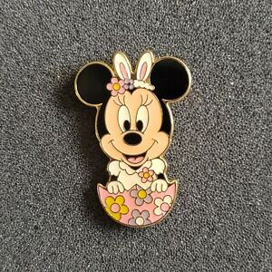 Japan Tokyo TDR TDS - Easter 2016 - Minnie Bunny Ears Flowers Egg Game Prize Pin