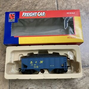 Life Like HO Scale Freight Car 8571 CH L&N New Old Stock IN Original Box