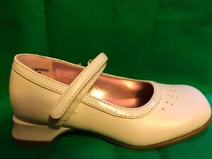 Kenneth Cole Unlisted White Dress Maryjane Shoes NEW Little Girls Size 7 1/2