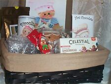 Gingerbread Gift Basket Coffee Spice Tea Mug Cookie Cutter Cocoa Cream Tray Suga