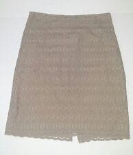 Ann Taylor Women's  Skirt, Size 8, beige EUC -129