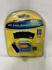 Digital Concepts XD Card Reader-Writer  For XD Memory Cards USB 2.0