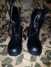 ARMY  BOOTS SIZE 8.5 REGULAR US COMBAT Boots xmas sale reduced price