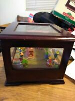 Mr Christmas Animated Music Box ELVES 2003 Windup Cherrywood added video below!