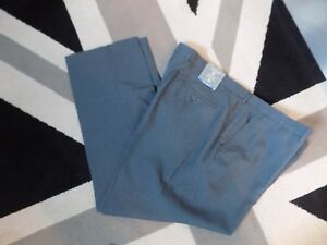 BNWT LOVELY MENS JACK REID BHS FLAT FRONT REGULAR FIT WITH STRETCH COLOUR GREY