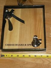 SNOWMAN CHEESE BOARD & SPREADER SET!!  NEW IN BOX!!