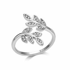 Leaf Ring With Crystals From Swarovski® in Gift Pouch