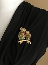 Double Owl Pin Lucite Gold Tone Pin Brooch Make Offer Free Shipping EUC