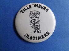 TILLSONBURG OLD TIMERS HOCKEY TEAM VINTAGE BUTTON PIN CANADA