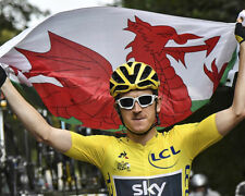 Geraint Thomas Tour de France Winner 2018 Flag 10x8 Photo