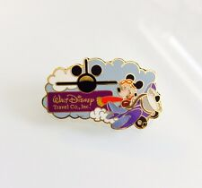 Mickey Mouse Pilot Earforce One Walt Disney Travel Co. 2001 Airplane Pin 3582