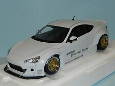 AUTOart 1/18 Rocket Bunny Toyota 86 Metallic White / Gold wheel 78756