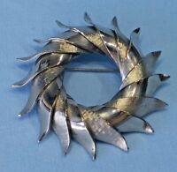 VINTAGE Modernist Circle Pin Brooch Silver Tone
