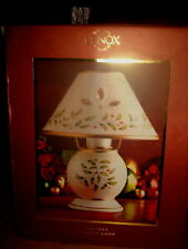 LENOX HOLIDAY CANDLE LAMP  NEW