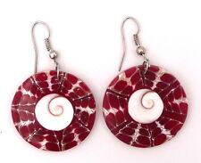 Boucles d'oreilles en nacre rouge coquillage et oeil de Sainte-Lucie bijou Bali
