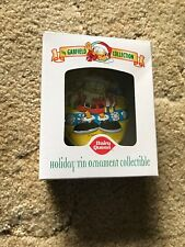 The Garfield Collection Dairy Queen Tin Christmas Tree Ornament 2001 New