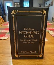The Ultimate Hitchhiker's Guide Literary Classics (Gramercy Books)