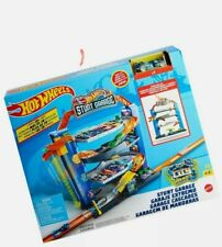 Hot Wheels GNL70 Stunt Garage, Play Set