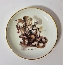 "M. J. Hummel ""Winter Fun"" Reutter German Small Bone China Plate"