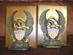 VINTAGE KENNEDY BROS E PLURIBUS UNUM EAGLE SCROLLSHIELD  BOOKENDS CAST IRON