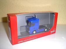 Mercedes actros bigspace tractor violáceo en 1:87 de Herpa 159500-006