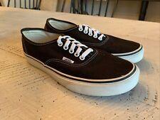 New listing Vans Authentic Black & White Shoes, Men's 7.5/Women's 9, EUR 40- Unisex 508731