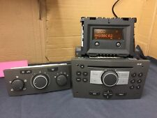Vauxhall Blaupunkt Cd30 Car Radio Stereo Cd Player With Paired Display In Grey