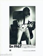 PUBLICITE ADVERTISING 096  1967  Prisunic  chemise pantalon homme Tergal