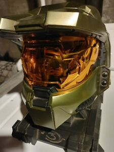 Halo 3 Legendary Edition Master Chief Helmet w/ Stand & Essentials Disc Only
