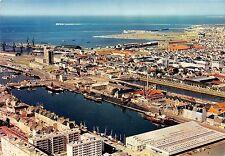 BR54514 La place divette et le port Cherbourg france