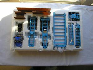SWORD  # SW 2033-DGE  Peterbilt 379 Day Cab w/Nelson 3x3x3 Trailer-DGE 1/50 Blue