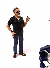BILL HOT RODDER FIGURE AMERICAN DIORAMA 24010 1:18 ACCESSORY CAR NOT INCLUDED