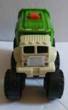 2009 Mattel Matchbox Stinky The Garbage Truck  Toy #R0845 Lights up & Transforms