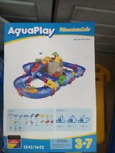 AquaPlay - Wasserbahn Set Bergsee - 42-teiliges Spieleset mit Bergsee,  V11027