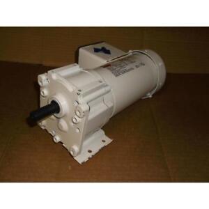 DAYTON 1/6HP AC GEARMOTOR 208-230/50-60/3 RPM:16 MAX. TORQUE 391in.-LB