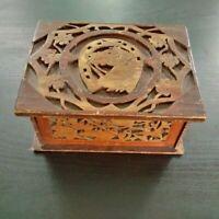 Rare boite de jeu turfiste better box décor de cheval et fer à cheval années 50