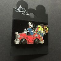 DCA - Mulholland Drive Goofy in Car Disney Pin 8440