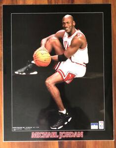 1990's MICHAEL JORDAN CHICAGO BULLS 16x20 LAMINATED BASKETBALL POSTER PRINT