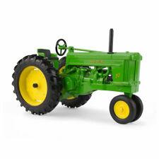 Ertl LP74514 John Deere 1:16 Scale Model 70 Tractor with FFA Logo
